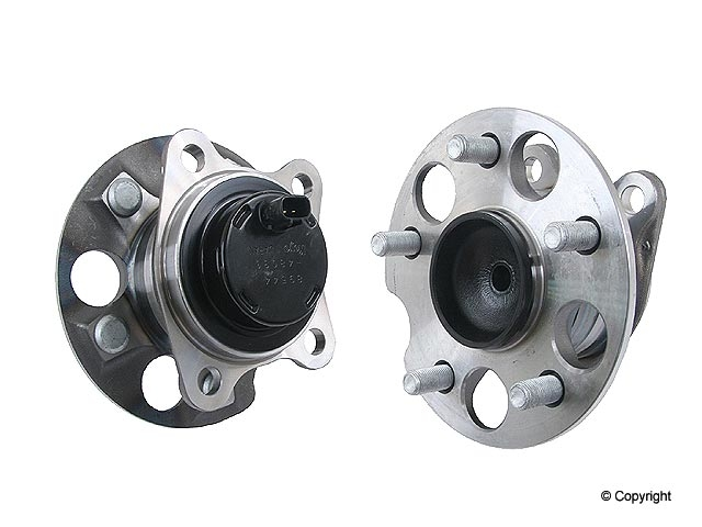 Lexus Axle Bearing and Hub Assy 3DACF033F5AS